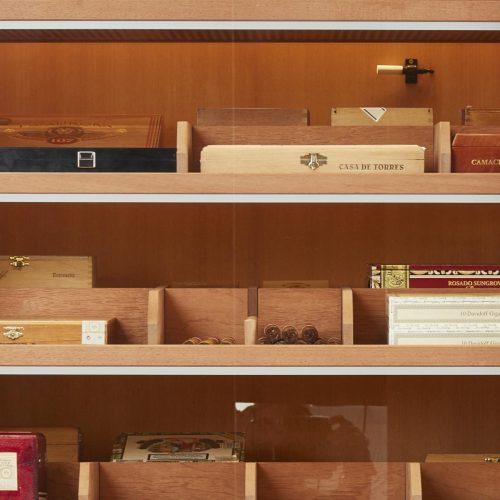 Einlegeböden Cigarboards Number One » GERBER Humidor