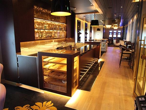 Cigar Lounges TUI Cruises GERBER Humidor